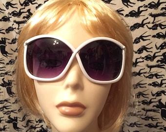 Vintage 1980s White Oversized Sunglasses Big Lens Sunglasses Designer Vintage White Sunglasses Unique Mod Girl Retro Hip Hop Glam Festival