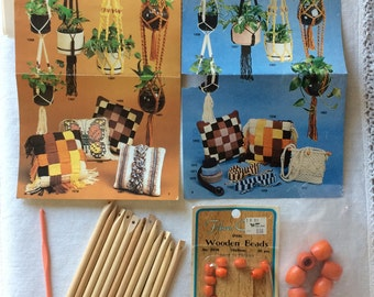 Vintage Wood Stick Loom Kit by Artcraft Concepts with Instructions and Wooden Beads