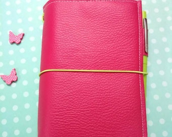 Fauxdori FIELD NOTES journal of the traveller raspberry