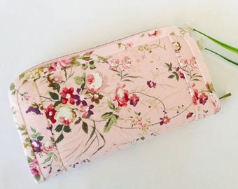 Pink wallet, roses wallet, Pink fabric wallet, Wallet for women, Clutch wallet, Vegan wallet handmade, Pink long wallet, Credit card wallet