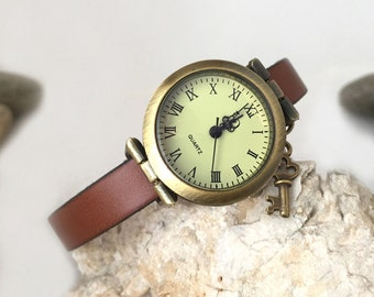 Watch women Birthday gift, original bronze dial, leather strap, claws and chain extension