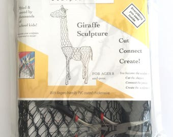ChickenWired sculpture kit - Giraffe