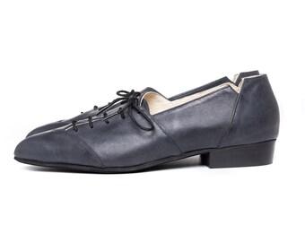 Sale 40% off! Women shoes, black shoes, oxford shoes, black oxford shoes, tie shoes, handmade leather shoes by Burlinca. Damon model.
