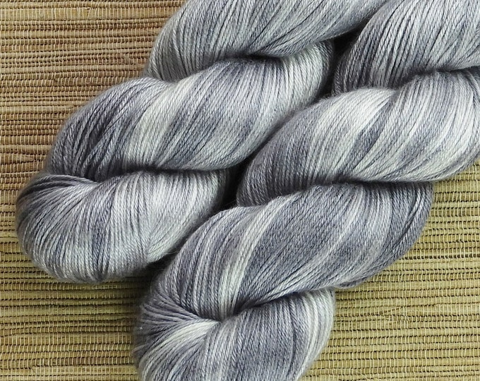 Hand dyed yarn - 100g 100% Silk 4 ply/ fingering weight in 'Quicksilver' - With free cowl pattern