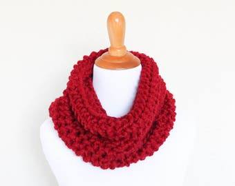 READY TO SHIP - Chunky Knit Cowl, Hand Knit,  Chunky Knit Scarf,  Cranberry, Carbon Cowl