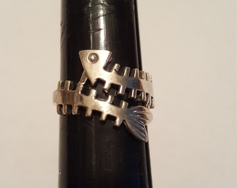 Sterling silver fish bone Ring size 9