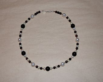 bead necklace Swarowski Pearl, real garnet, fresh water pearl with sterling silver trimmings