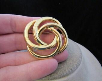 Vintage Signed Monet Goldtone Pin