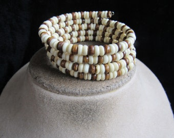 Vintage Chunky Shades Of Brown & White Glass Beaded Cuff Bracelet