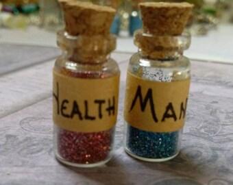 Tiny BJD Health and Mana Potion Bottle Set Monster High Blythe Pullip Barbie YoSD 1/6
