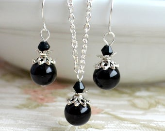 Black Jewelry Set of necklace and earrings Bridesmaid jewelry set Bridesmaid Gift set of necklace and earrings Black weddings Goth wedding