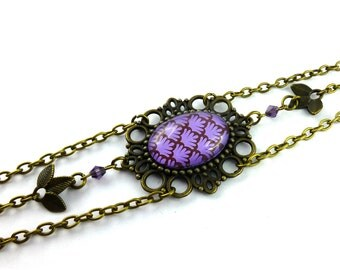 Purple headband, vague pattern purple Japanese style retro vintage romantic, pearls and brass bronze color channels