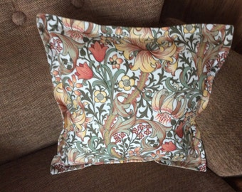 William Morris cushion cover, vintage fabric, handmade cushion cover, vintage living, beautiful cushion cover