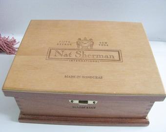 Vintage Nat Sherman Wooden Cigar Box 1970s Honduras