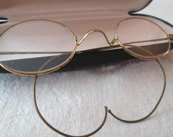 Antique EYEGLASSES ~ Wire Rim Frame ~ Single Magnification ~ Flat Lens