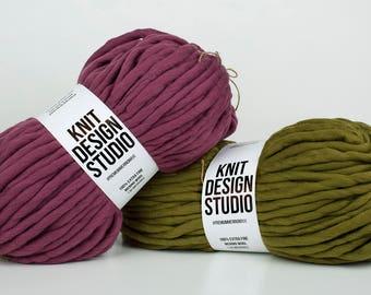 2 kg (4,4 lb) #PremiumMerinoMaxi - Super Chunky Yarn for Chunky Knits, Blanket Yarn, Super bulky Yarn, Big Yarn, Very Thick Yarn, 42 colors