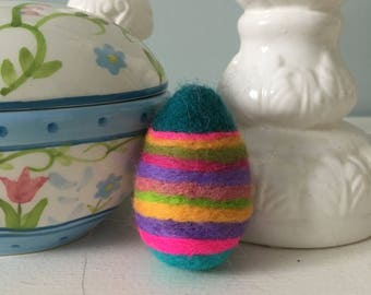 Easter Egg, Easter gift, Needle felted Easter egg, Easter decoration, Spring decoration, decorative  egg, needle felted colourful egg