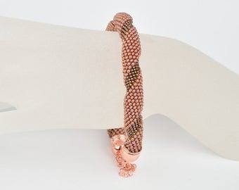 twisted Bead crochet bracelet opaque copper - Beaded crochet bracelet - crochet bracelet