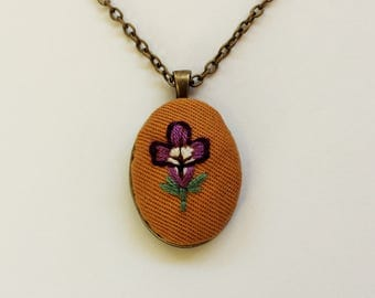 Hand embroidered flower necklace