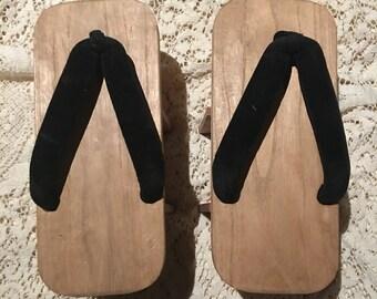High platform wooden geta geisha sandals japan vintage