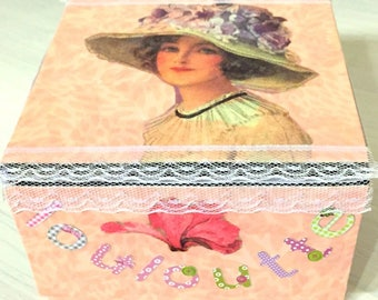 "custom box ""Lulu"" cartonnage handmade - jewelry box - recycled - Deco Vintage - Cardboard box with magnetic lid"