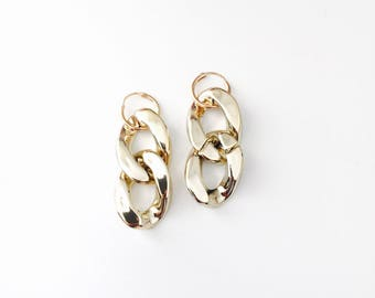 Chunky chain hoop earrings