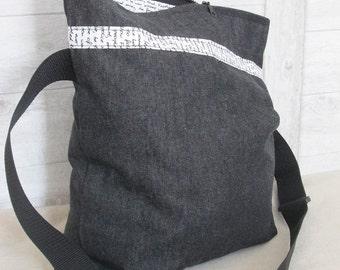 Shoulder bag envelope bag black zipper font