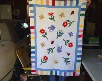 Vintage garden childs crib blanket