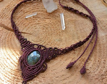 Dark purple macrame necklace, choker, with natural labradorite stone, adjustable,boho bohemian style, handmade in montreal