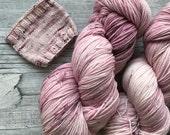 Old Rosé -  Hazel Soft Sock Fingering Weight superwash Yarn - 100g - 400m