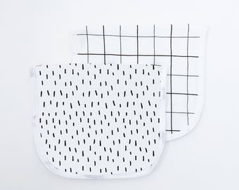 Monochrome Baby Burp Cloth, Burp Cloth Set of Two, Confetti Black White Gift for Baby, Monochrome Nursery Baby Shower, Handmade, Grid