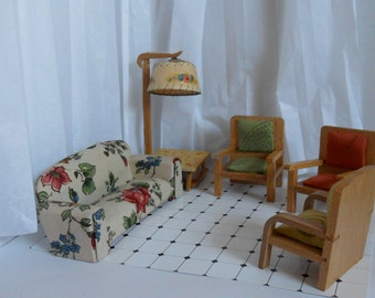 Dollhouse furniture living room, Vintage dollhouse furniture, 50s dollhouse, dollhouse sofa, dollhouse lamp, wooden dollhouse chairs,