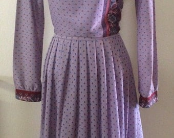 1970s Two Piece Skirt Set in Purple Print by Lady Blair, Warren, PA. Sz 10. Great for business, travel