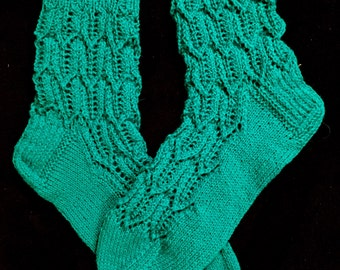 EUR Size 38-39 / US 8 / UK 6 / Handknitted Women's Warm Wool Socks, Green, Lace Knit