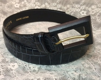 Jaeger - New Vintage Navy Blue Alligator/ Croc. Style Leather Belt, Made in Italy, Size S/M