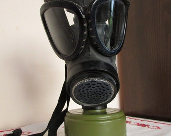 Vintage Gas Mask, Military Gas Mask, Industrial Gas Mask, Army Gas Mask, Protecting Mask, Steampunk mask, Gothic, Halloween, Aerosol Dust