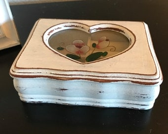 Rustic, Shabby Chic Vintage Jewelry Box, Cintage Glass, White Chalk Paint, Distressed and Coated With Clear Wax