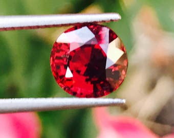 Ceylon Natural Red Spinel Roundish Oval 7.8mm 2.10 Carat - Loose Unset Untreated Spinel Gemstone