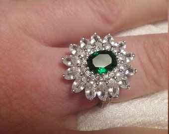 vintage 4ct Emerald Quartz and white topaz set in sterling silver ring size 7