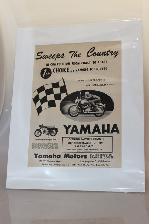 1960 Yamaha Sweeps The Country 11'' x 14'' Matted Motorcycle Ad Art #e60ja09m