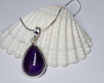 Amethyst Necklace, Amethyst Pendant, Amethyst Jewelry, Purple Necklace, Amethyst Crystal, Amethyst Gemstone,  Amethyst Gifts, Amethyst