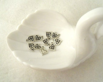 Set of 10 - Silver and Black Charm Hearts   (1740)