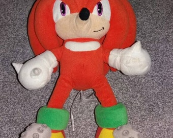 Vintage knuckles from Sonic The Hedgehog Plush Toy SEGA collecting