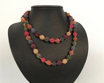 1970s muted wooden beaded long necklace