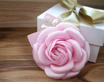 pink Camellia,Style Chanel,brooch camellia,Light pink flower,flower satin,pink flower,stylish flower,brooch casual style,stylish brooch