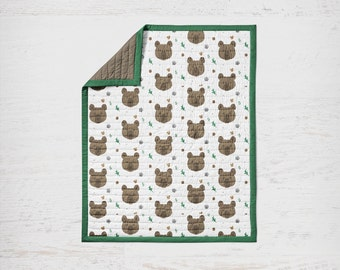 Baby Quilt Bear, Bear Bedding, Brown Bear, Green Bedding, Quilt, Bear Quilt, Baby Blanket, Bear Blanket, Boy Quilt, Leaf, Greenery, Quilted