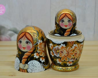 Russian babushka, Gift for woman, Matryoshka, Hand made nesting dolls, Gift for mom, Hand painted wooden stacking dolls in black and gold
