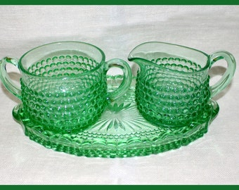"""Duncan Miller Green Hobnail Flat Bottomed Sugar & Creamer with Matching Tray - """"Early American"""" Pattern Serving Set - 1930s"""