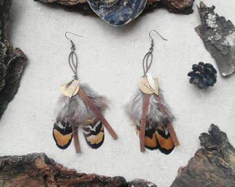 "Earrings feathers, suede, bronze and shell ethnic Bohemian trend tribal ""Kana"" creative jewelry, original jewel"