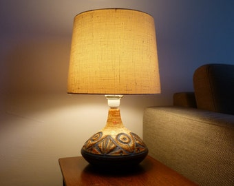 Soholm danish table lamp with ceramic foot and lampshade from the 70s, Vintage ceramic lamp